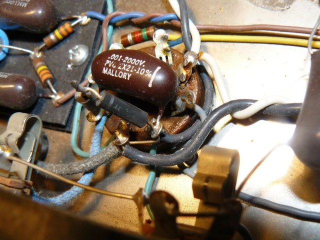 Music Man 2100-65 plate capacitor