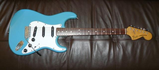 Fender stratocaster CBS Blue Maui 1