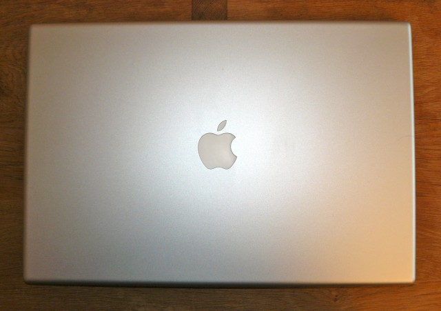 Apple Mac Book Pro 3