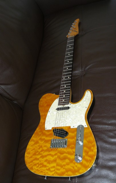 Tom Anderson telecaster