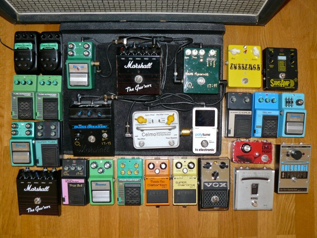 Pedalboard effect pedals tubescreamers marshall ibanez