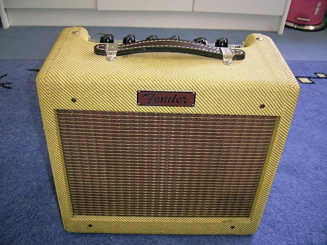 fender tweed clone from bronco